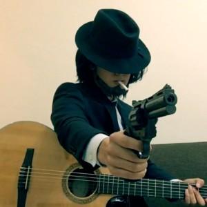 【ハロウィン企画】次元大介のコスプレでルパン三世の主題歌を弾いてみた